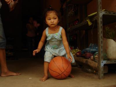 el basket en Laos (y2)